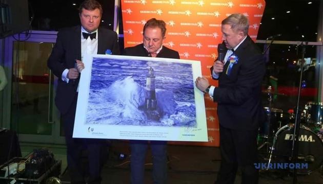 Малюнок Сущенка на благодійному гала-вечорі у Польщі продали за тисячу євро