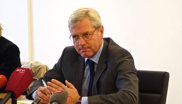 Кандидат в канцлеры Германии обвинил Россию в убийствах мирных жителей Сирии