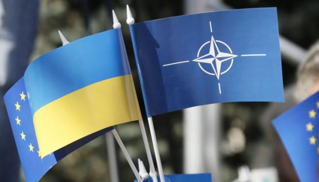 Зеленський очікує на підтримку союзників по НАТО у наданні Україні ПДЧ