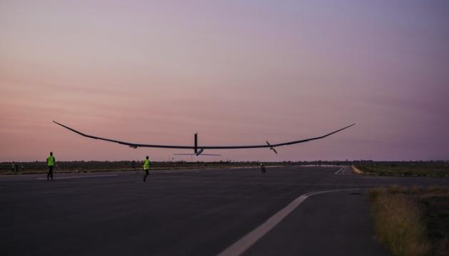 В Австралии испытали 35-метровый дрон на солнечных батареях