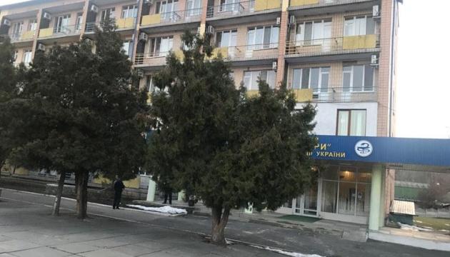 Персонал медцентру «Нові Санжари» не контактуватиме з евакуйованими з Уханя — Кабмін