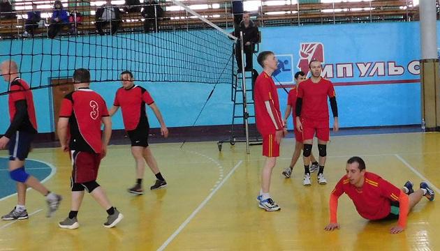 Мэр Глухова обратится в СБУ из-за поездки волейбольной команды на турнир в России