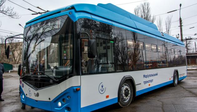 Маріуполь отримав перший з 72 тролейбусів за гроші ЄБРР