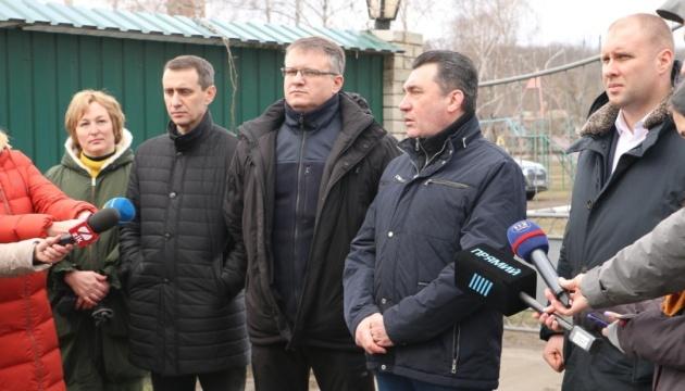 """Во время протестов в Новых Санжарах были """"профессиональные"""" подстрекатели - Данилов"""