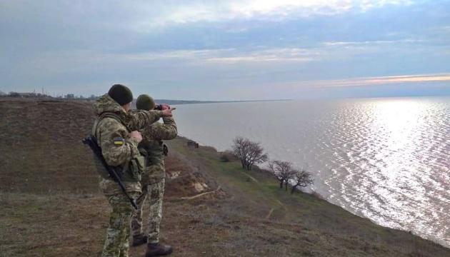 Прикордонники посилили заходи безпеки на адмінмежі з Кримом