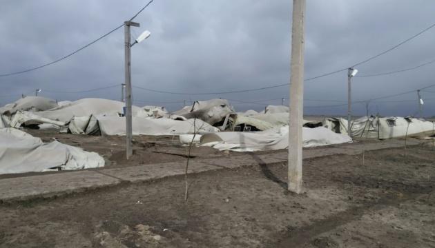 Під Миколаєвом шквальний вітер пошкодив наметове містечко ЗСУ