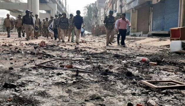 Количество погибших во время беспорядков в Индии возросло до 35