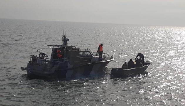 В Украину вернулись рыбаки, задержанные ФСБ в Азовском море