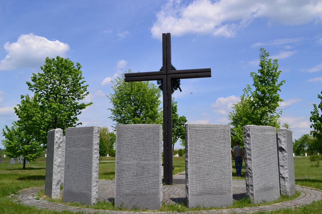 Німецьке кладовище у Зарічанах