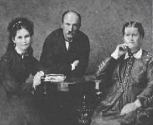 Карл Матвійович, Марія Каетанівна і Надія Карлівна Тарковські