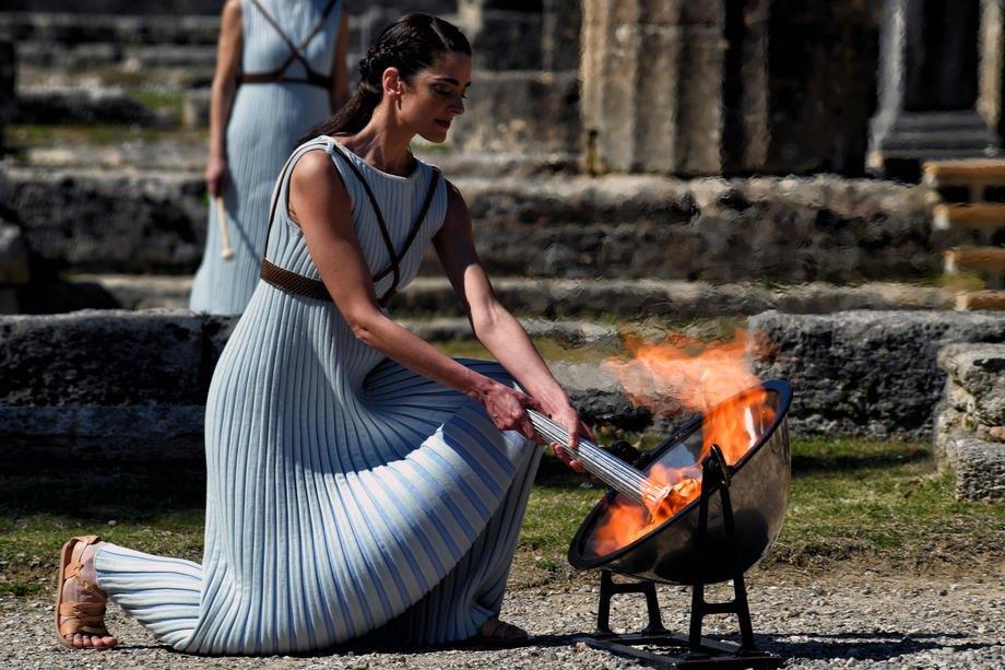 Запалення вогню на Олімпі 12 березня