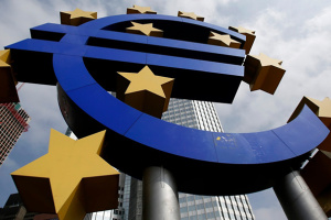 Европейский центробанк заявляет о рисках от второй волны пандемии