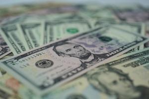 Inversión extranjera directa en Ucrania ha aumentado en 2,7 mil millones de dólares en 6 meses