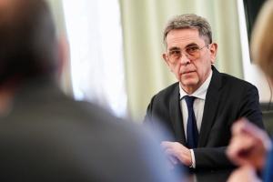 Руководители Минздрава и Минфина подали в отставку — Геращенко