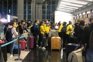 В Україну вже повернулись понад 144 тисячі українців — МЗС