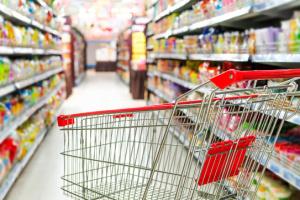 Макарони, борошно та овочі: АТБ знижує націнку на продукти