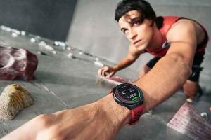"""Два тижні без підзарядки: Huawei представив новий """"розумний"""" годинник"""