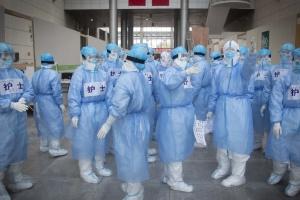 Родичі жертв коронавірусу в Ухані хочуть зустрітися з експертами ВООЗ