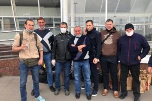 Домой вернули одесских авиаторов, застрявших в Уганде