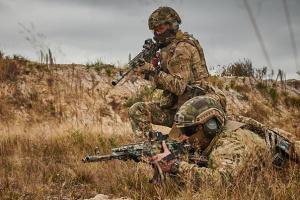 """На Донбассе за сутки - 11 нарушений """"тишины"""", оккупанты били из 120 калибра"""