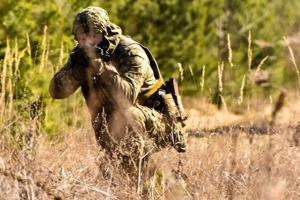 """На Донбасі - вісім порушень """"тиші"""", ЗСУ відповідали прицільним вогнем"""