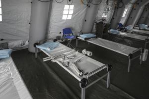 Коронавирус в США: у больниц серьезные проблемы