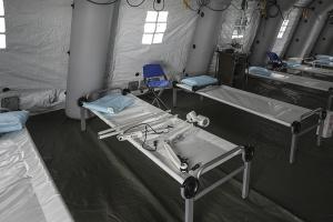 Ліжка для хворих на COVID-19 можуть розміщувати у виставкових центрах та палацах спорту