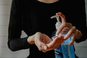 Чи може антисептик призвести до сп'яніння, всмоктуючись через шкіру