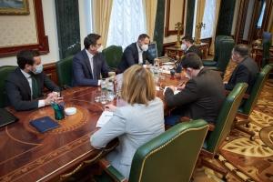 На Банковій обговорили ініціативу створення Українського ветеранського фонду