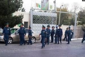 """Туркменістан заборонив слово """"коронавірус"""", за маску – арешт"""