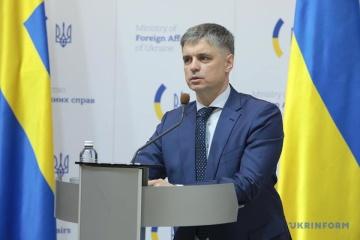 Prystaiko: El rumbo de Ucrania hacia la OTAN se mantiene sin cambios