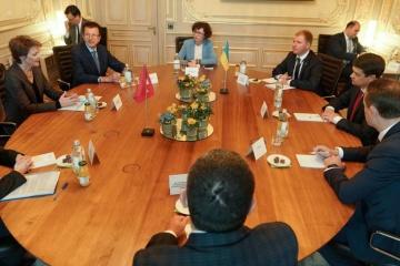 Die Ukraine hat Interesse an Schweizer Erfahrung der Dezentralisierung