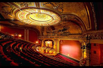 Aujourd'hui marque la Journée Mondiale du théâtre