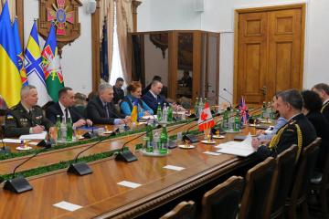 Ukrainian defense minister meets with ambassadors of UK and Canada