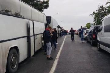 Diplomats evacuating Ukrainians from Croatia