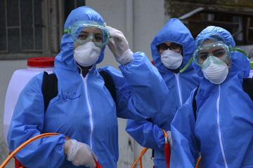 Roshen zakupi 10 000 kombinezonów ochronnych dla lekarzy