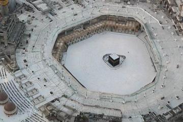 Les musulmans se préparent à vivre un Ramadan inédit, la Mecque est fermée aux visiteurs