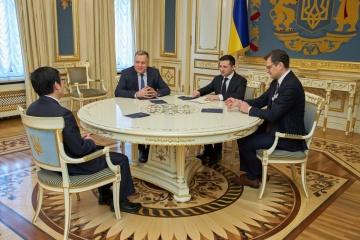 Zelensky y el Embajador de China hablan de la inversión y cooperación económico-comercial