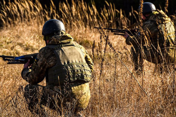 Invaders violate ceasefire in Donbas 21 times. One Ukrainian soldier killed, two wounded