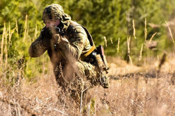 Russian-led forces fire 82mm mortars at Ukrainian positions near Nevelske