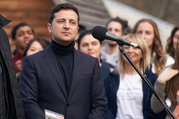 Ukrainischer Staatschef im Gebiet Cherson eingetroffen