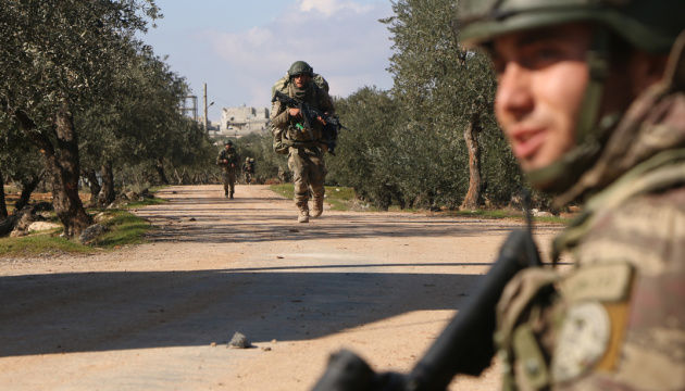 Турецькі військові в Сирії знищили заміновану автівку