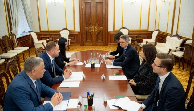 Yermak, Swedish foreign minister discuss security situation in Donbas