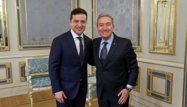 ゼレンシキー大統領、カナダ外相と会談 イランでのウクライナ機撃墜の捜査につき協議