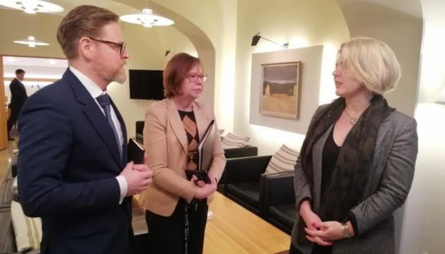 Оборонные ведомства Украины и Финляндии обсудили сотрудничество