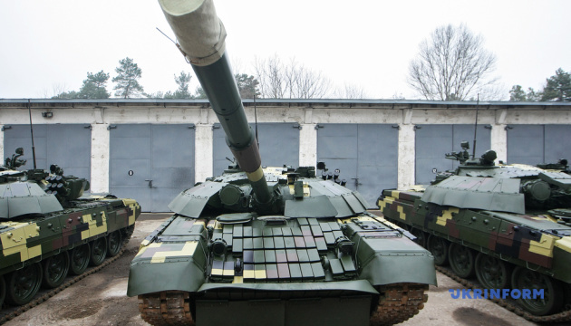 Kyiv Armored Plant transfers upgraded T-72 tanks to Ukrainian army