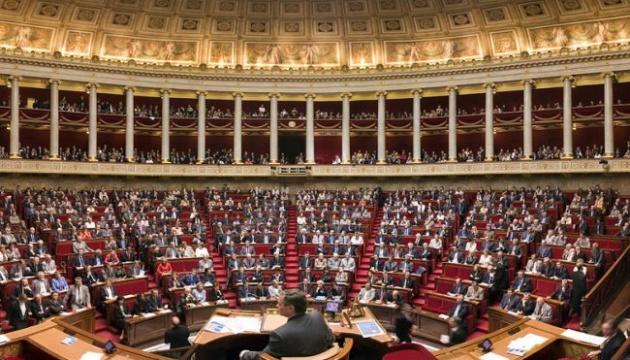 Нижня палата парламенту Франції попередньо схвалила пенсійну реформу