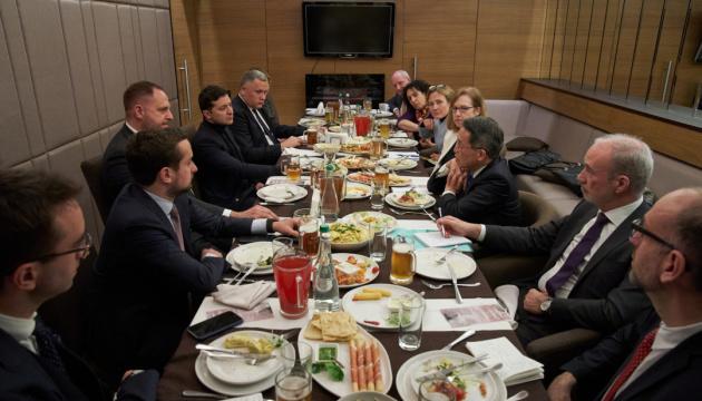 ゼレンシキー大統領、G7大使と会談 今次政変は国家の方針に影響しないと明言
