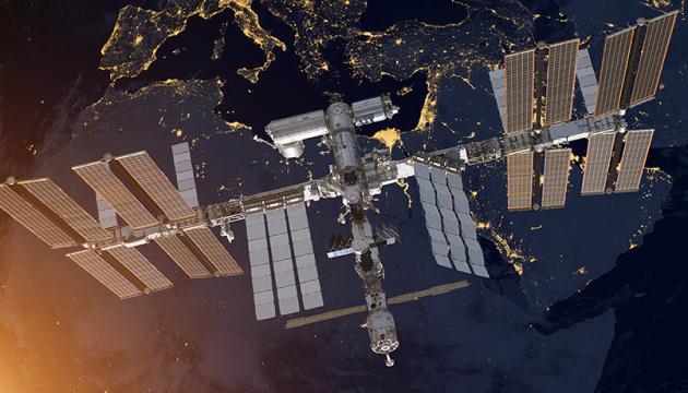 МКС ухилилась від космічного сміття, позапланово скоректувавши орбіту