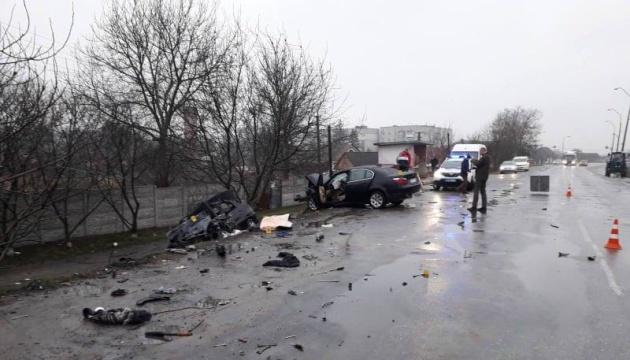 На Житомирщині зіткнулись два авто, загинули троє дорослих і немовля